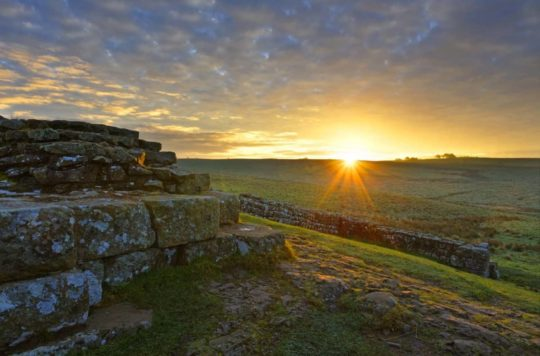 HW767.8 MILECASTLE 42 CAWFIELDS CRAGS HADRIAN'S WALL NORTHUMBERLAND