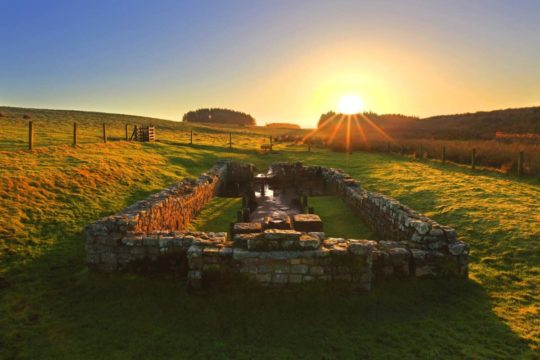 HW171E TEMPLE OF MITHRAS, BROCOLITIA, HADRIAN'S WALL
