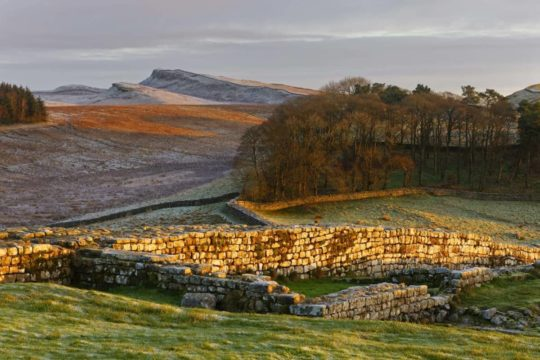 HW225E HOUSESTEADS ROMAN FORT HADRIAN'S WALL