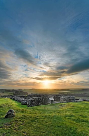 HW223V HOUSESTEADS ROMAN FORT HADRIAN'S WALL NORTHUMBERLAND (HADRIAN'S WALL PATH)