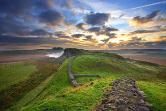 HW452A CASTLE NICK HADRIAN'S WALL