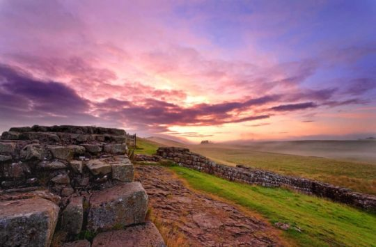 HW760 MILECASTLE 42 CAWFIELDS CRAGS HADRIAN'S WALL